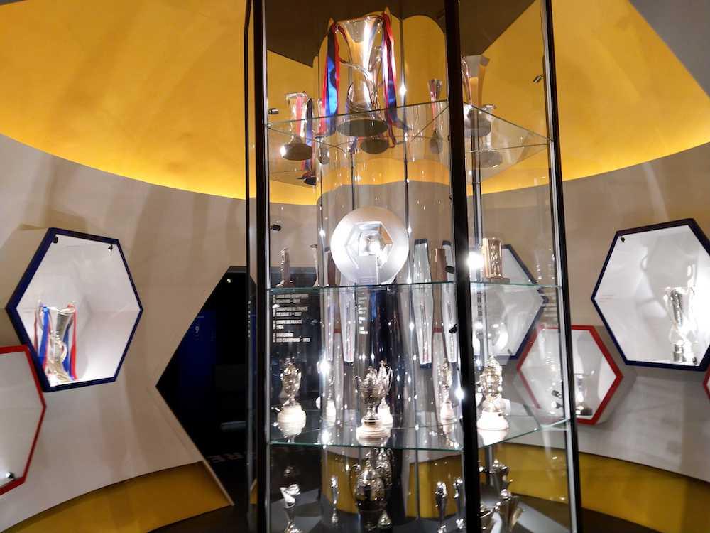 Olympique Lyonnais-museo-palkinnot